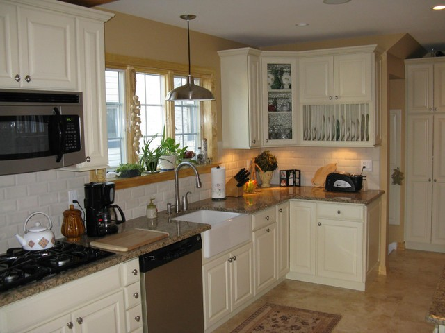 Long Island Project traditional-kitchen