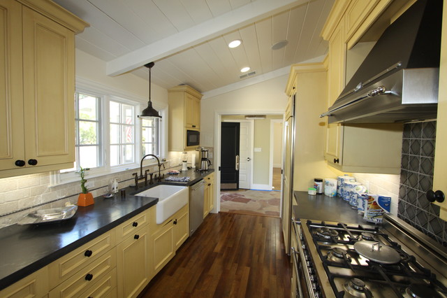 Los altos galley kitchen for Traditional galley kitchen designs