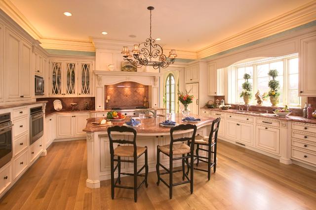 Louis XVI Traditional Kitchen