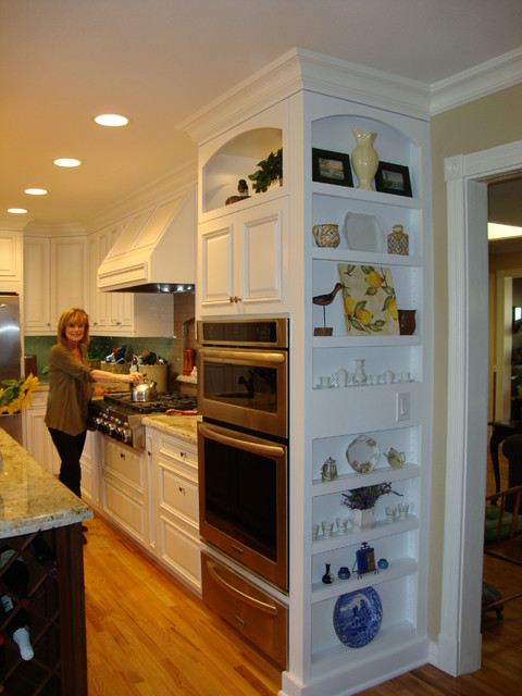 Lovely Ventura remodel  Traditional  Kitchen  los angeles  by Toni