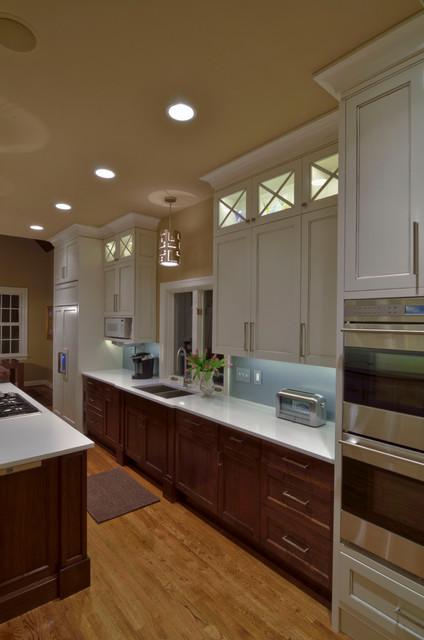 Lower Tuckahoe traditional-kitchen