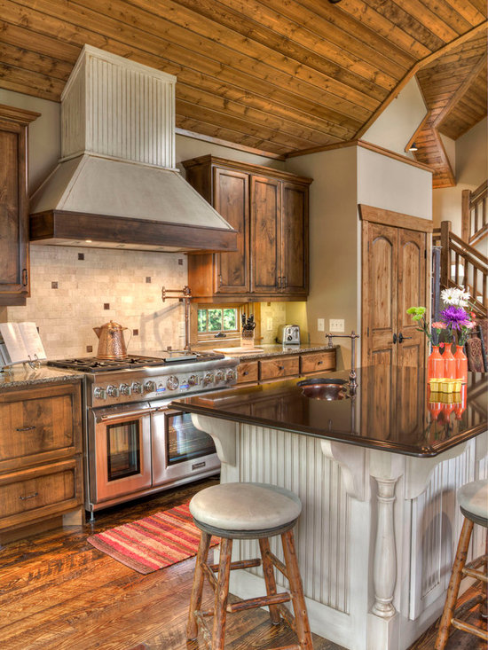 Rustic western kitchen design ideas remodels photos for Western kitchen ideas