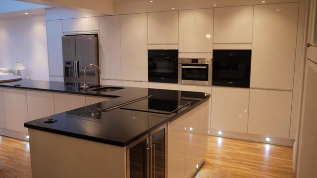 Lucido Senza High Gloss Contemporary Kitchen London