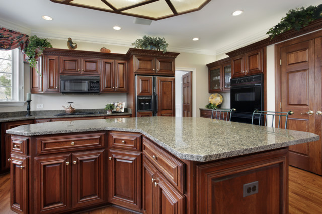 Luna Pearl Granite Coutertop With 4 Back Splashes