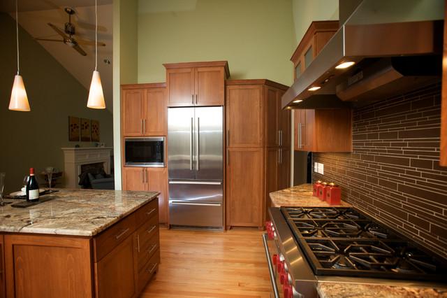 Luray traditional-kitchen