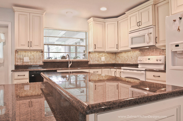 Luther Waypoint Zelmar Kitchen Remodel Traditional Kitchen Orlando By Zelmar Kitchen