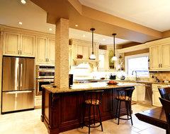 Luxury European Kitchen traditional-kitchen
