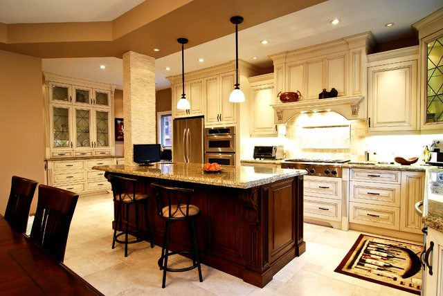 Luxury european kitchen traditional kitchen toronto for Kitchen cabinets houzz
