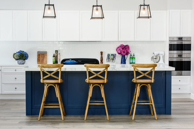 You Hang Your Upper Kitchen Cabinets, How To Properly Hang Kitchen Cabinets