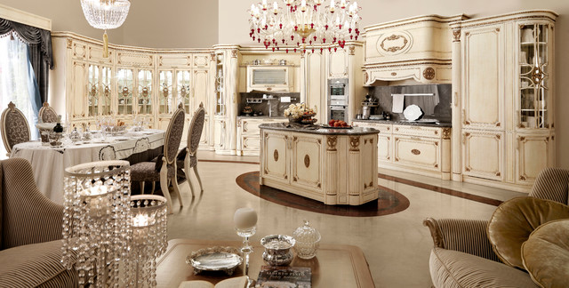 Luxury italian custom made kitchens by martini mobili for Traditional luxury kitchen