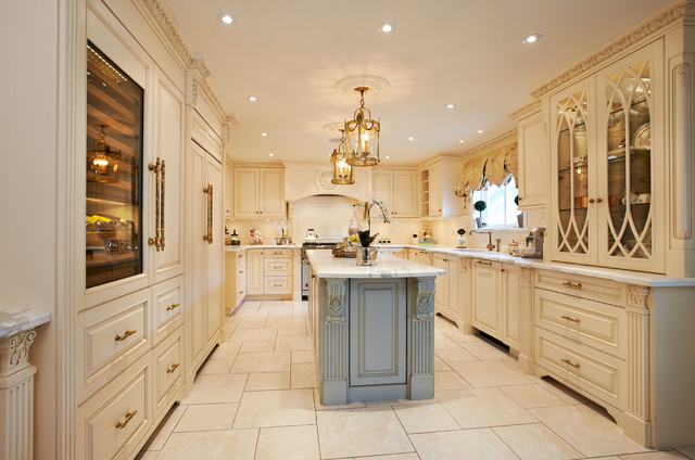 Luxury kitchen remodel traditional kitchen vancouver for Kitchen ideas vancouver