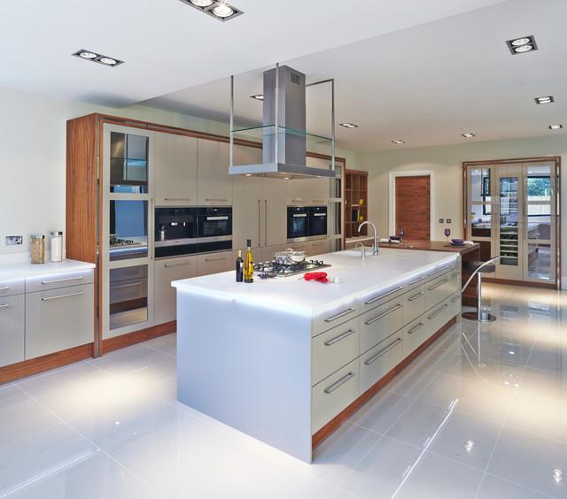 Kitchen Cabinets West Palm Beach Fl: Evolve Stone Grey With American Walnut