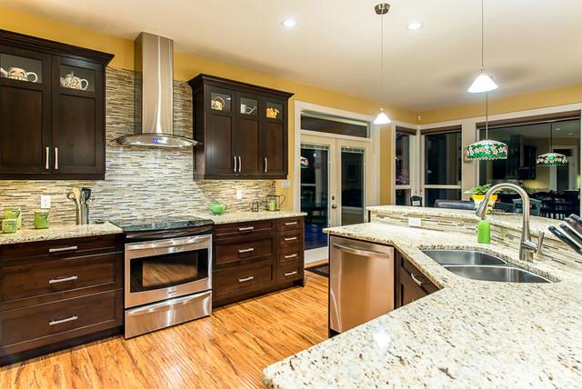 Lynn La Ran - Custom Home contemporary-kitchen