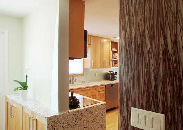 Lynnwood LINKS contemporary-kitchen