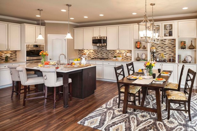 M/I Homes Of Cincinnati: Carriage Trails   Cheswicke Model American  Traditional