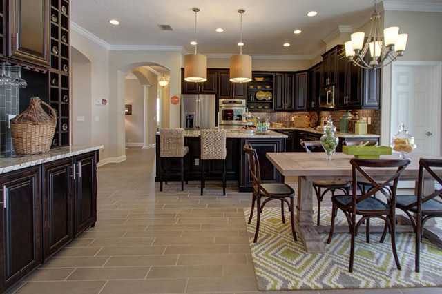 M i homes of sarasota rosedale links tuscany villa for Model home kitchens