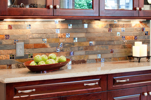 love this backsplash counter combination any idea what