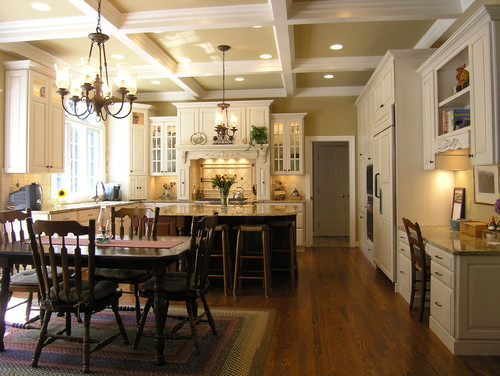 Admirable Beige Vs Cream Kitchen Cabinets House Has White Trim Largest Home Design Picture Inspirations Pitcheantrous