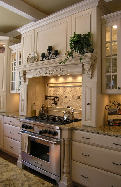 MacGibbon Kitchen 3 - Traditional - Kitchen - DC Metro - by Cameo ...
