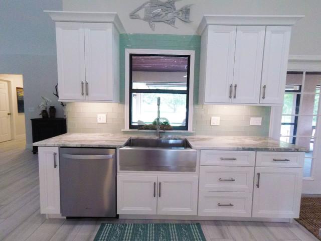 Maddy Jimi Contemporary Kitchen Miami By St John Designs