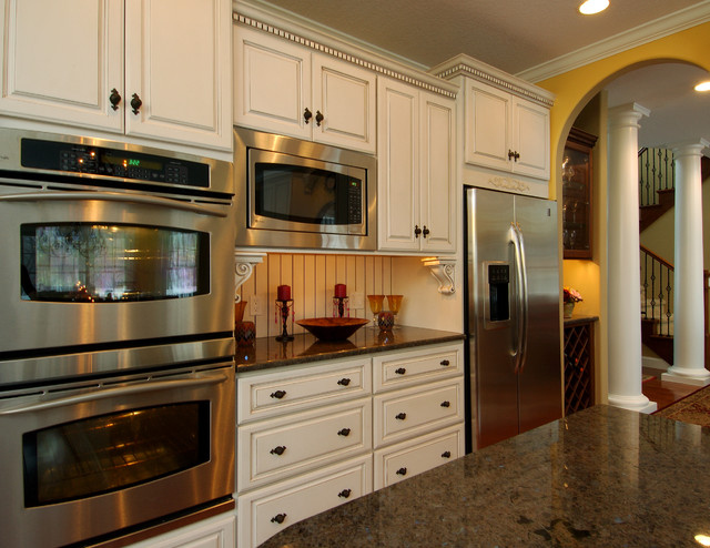 Made For Entertaining Traditional Kitchen Other Metro By Designs By Dawn At The Lake