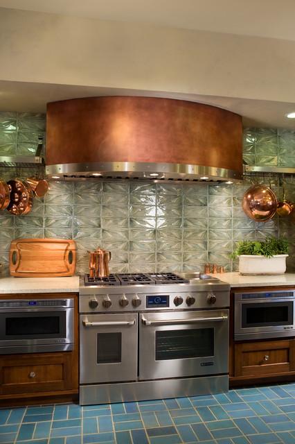 Madeline Dr Showcase Kitchen contemporary-kitchen