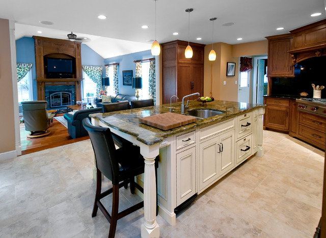Mahogany gourmet kitchen with white glazed center island for Kitchen center island cabinets
