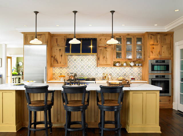 Maine Cottage Colors - Traditional - Kitchen - New York - by Christine Donner Kitchen Design Inc.