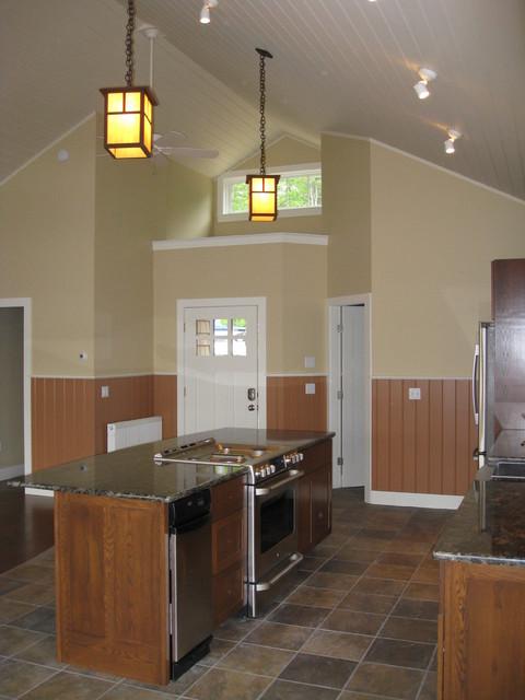 Maine Lake Cottage craftsman-kitchen