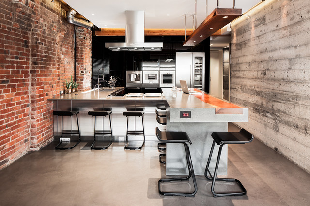 Mainland St Bachelor Pad Industrial Kitchen