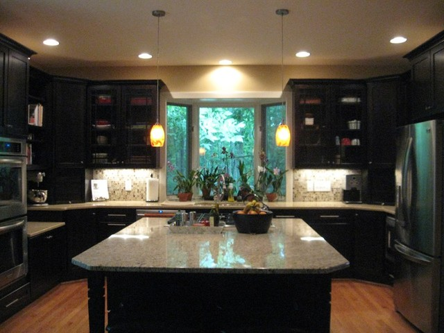 Maize Remodeling contemporary-kitchen