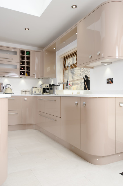 Painted Cappuccino Gloss Contemporary Kitchen