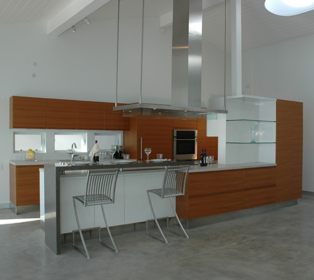 Malibu Kitchen modern-kitchen