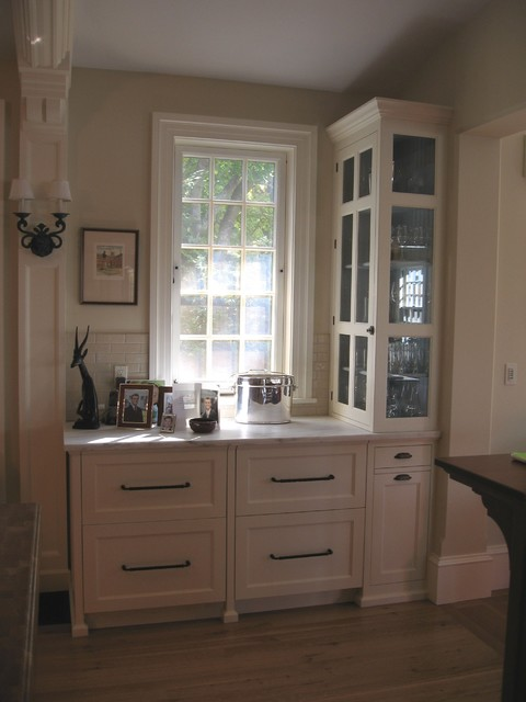 Manchester By The Sea, MA traditional-kitchen