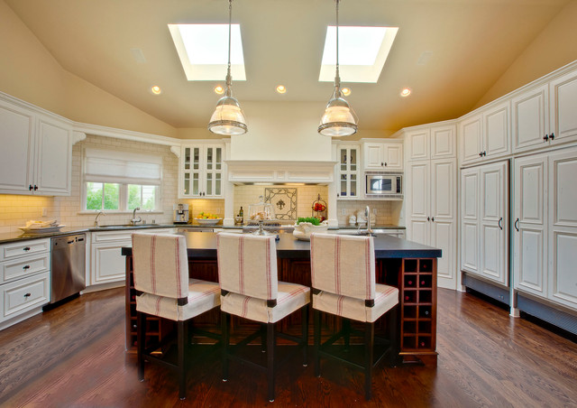 Manhattan Beach Hill Section Interior Design Traditional Kitchen Los Angeles By Luke