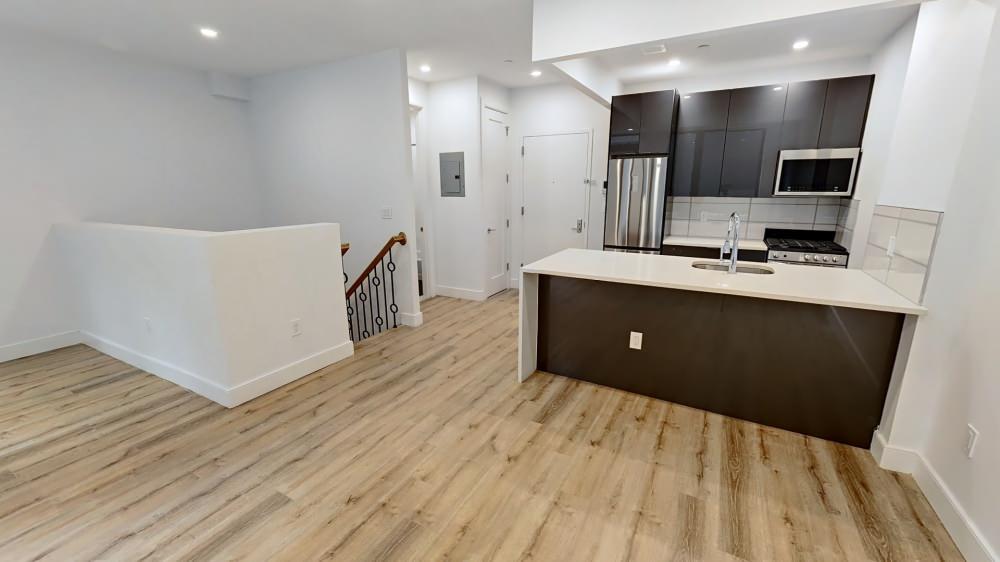 Manhattan Duplex