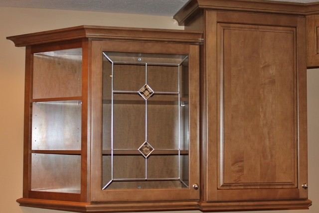 Maple Bar traditional-kitchen