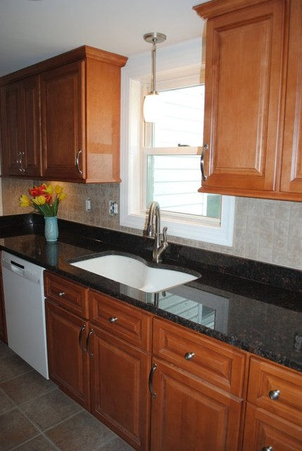 Maple Cabinets Tan Brown Granite Tile Backsplash Vinyl Floors Traditional Kitchen