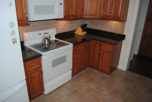 Maple Cabinets Tan Brown Granite Tile Blacksplash Vinyl