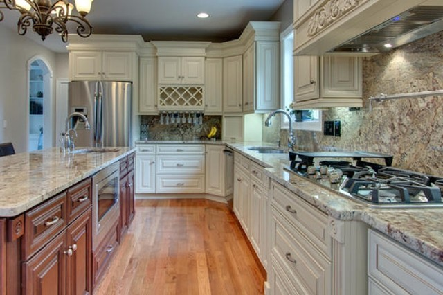 Maple Creme Cabinets with Glaze - Traditional - Kitchen ...