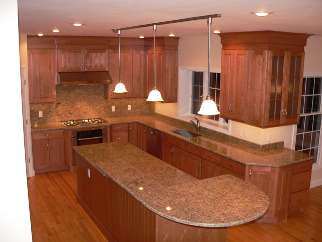 maple kitchen cabinets raised panel cabinetry cliqstudios traditional kitchen