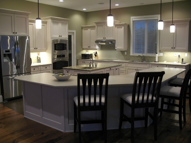 Maple Kitchen Cabinets with cashmere finish