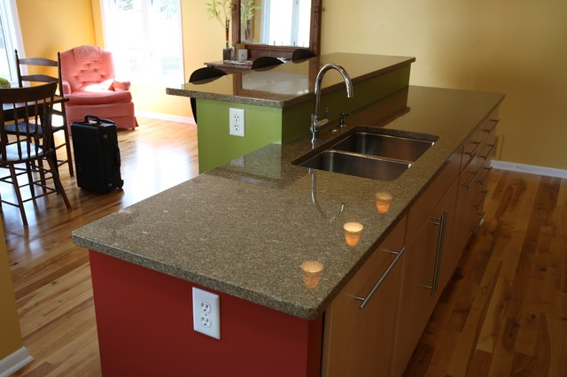 Maple Kitchen With Granite Countertops Contemporary Kitchen
