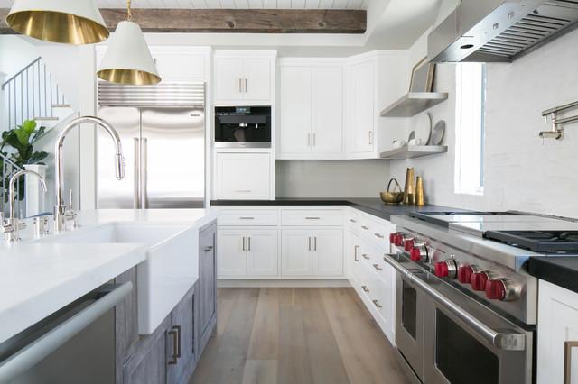 marigold ii bord de mer cuisine orange county par brandon architects inc. Black Bedroom Furniture Sets. Home Design Ideas