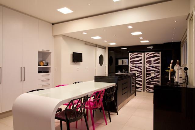 Marilza Tavanielli contemporary-kitchen
