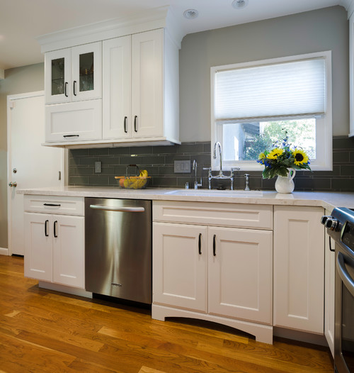 Standard vs full overlay cabinet doors what 39 s the - 10x10 kitchen designs with island ...