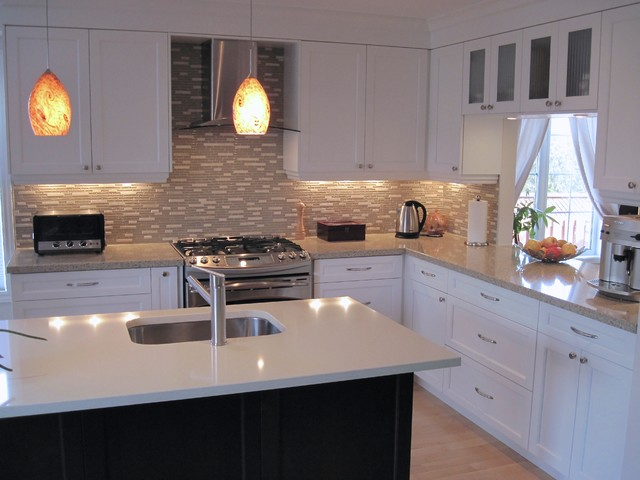 Markham town home contemporary kitchen toronto by for Interior designs by rhonda