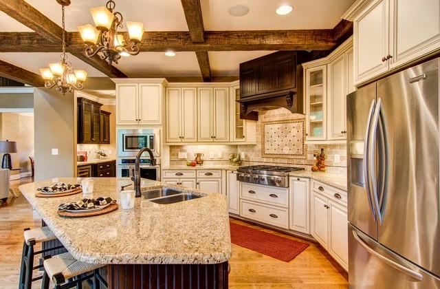 Marsh Arlington Cabinets - Traditional - Kitchen - Raleigh ...