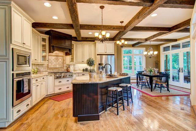 Lovely Marsh Arlington Cabinets Traditional Kitchen