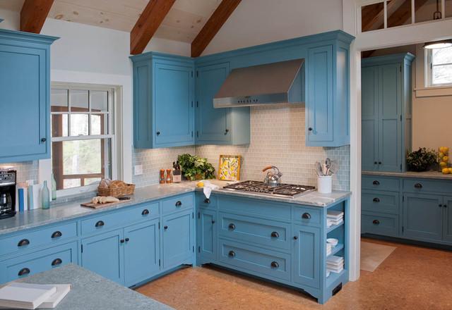 Blue waterfront cottage martha s vineyard beach style kitchen